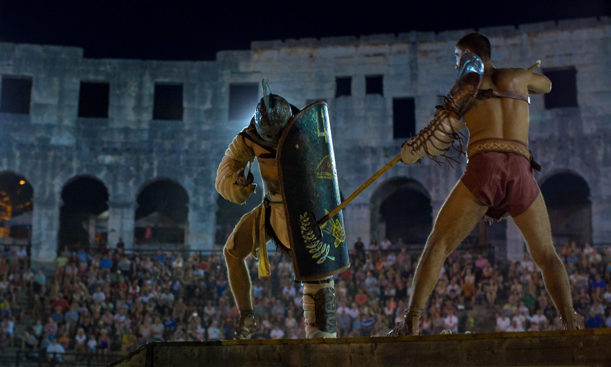 pula_gladiatorshow